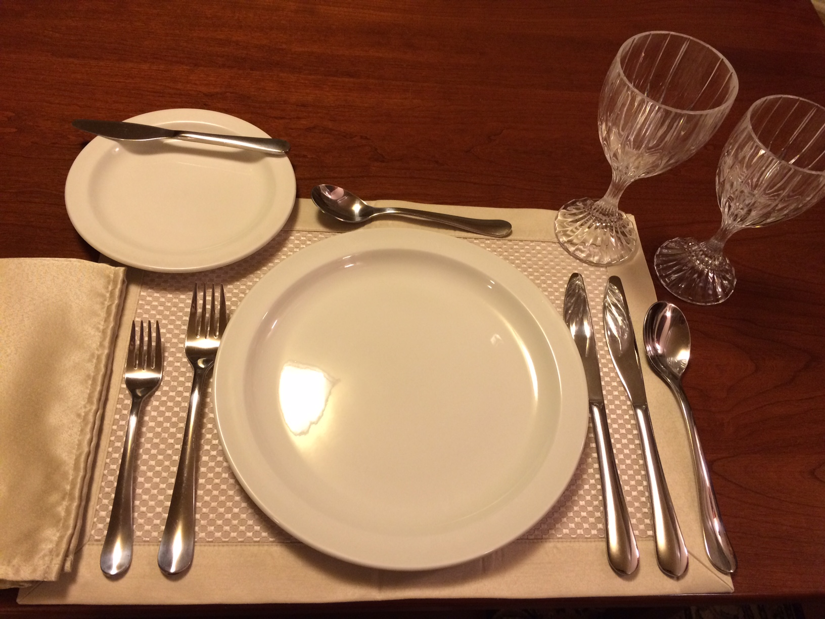 Four-course Place Setting : examples of table settings - pezcame.com