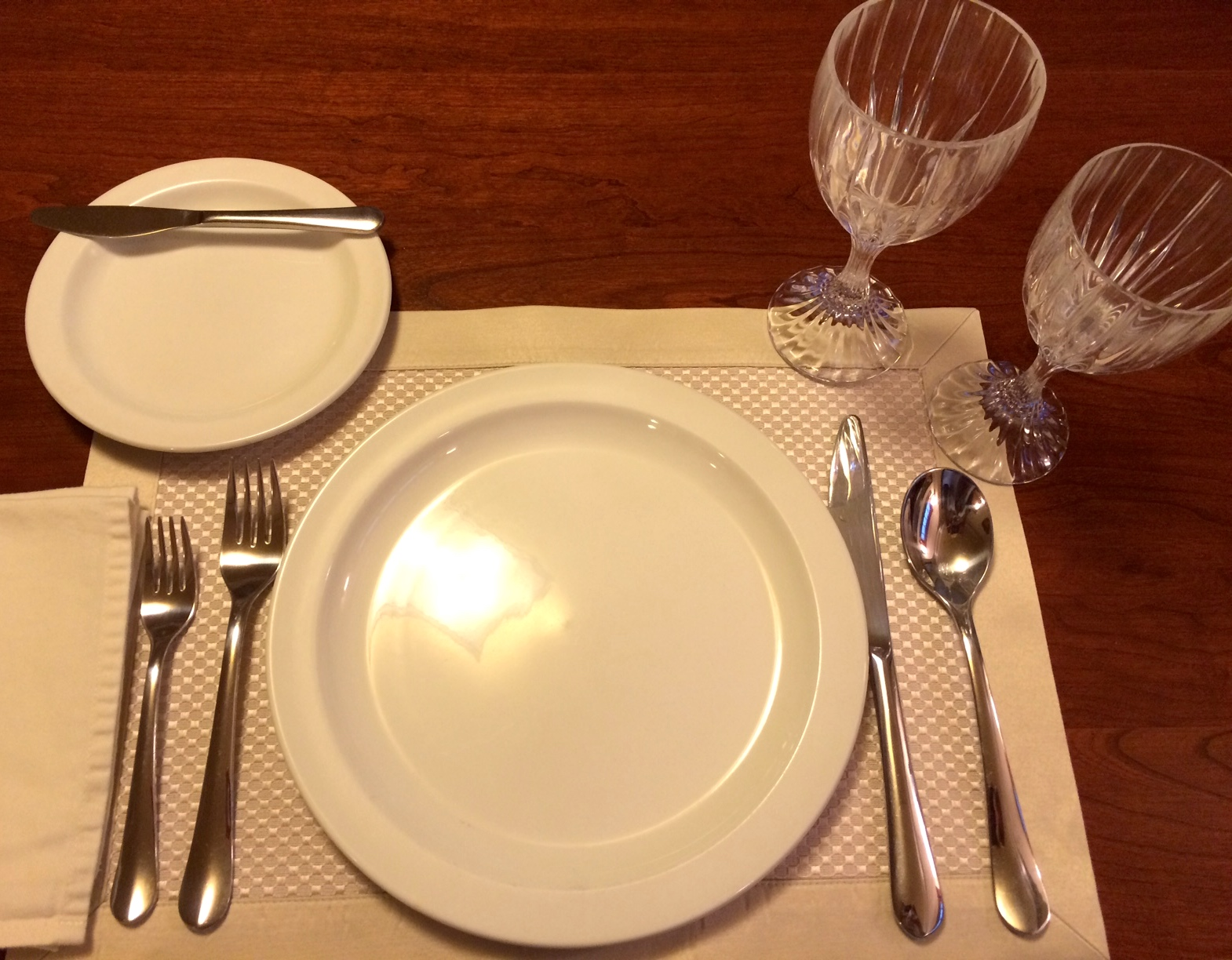 Three-course Place Setting
